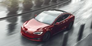 tesla-model-s-red-01