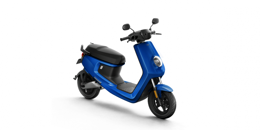 niu-m-elektro-roller-electric-scooter-01