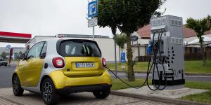smart-fortwo-eq-allego-ladestation-charging-station-fast-e-daniel-boennighausen