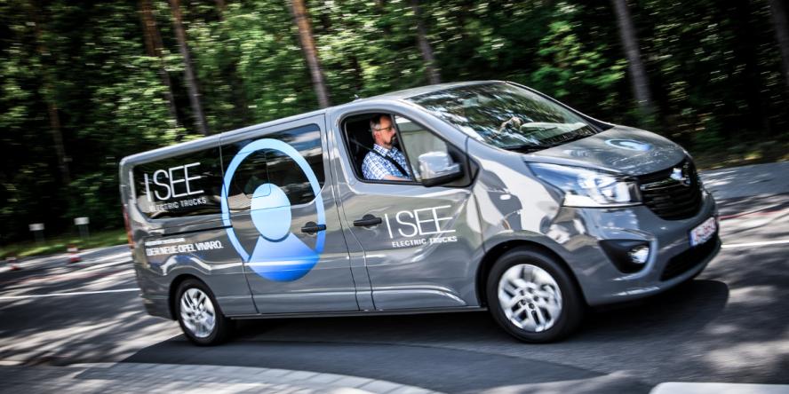 i-see-electric-trucks-opel-vivaro-02