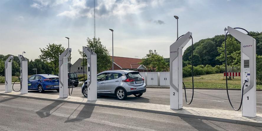 ionity-charging-station-ladestation-denmark-daenemark-aabenraa