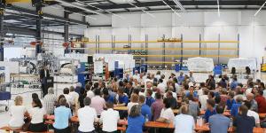 teamtechnik-produktionshalle-fuer-pruefsysteme
