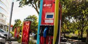 eon-ladestation-charging-station-02-daniel-boennighausen