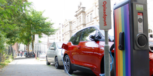 evbox-amsterdam-charging-station-ladestation-power-to-heroes
