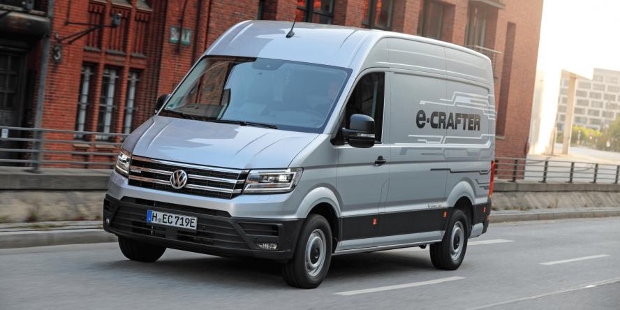 volkswagen-e-crafter-e-transporter-2018-christoph-schwarzer-03