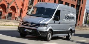volkswagen-e-crafter-e-transporter-2018-christoph-schwarzer-09
