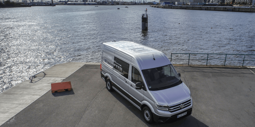 volkswagen-e-crafter-e-transporter-2018-christoph-schwarzer-10