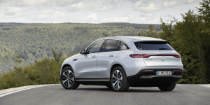 mercedes-benz-eqc-2018-005