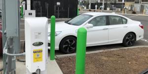 nuvve-v2g-charging-station-ladestation-symbolbild