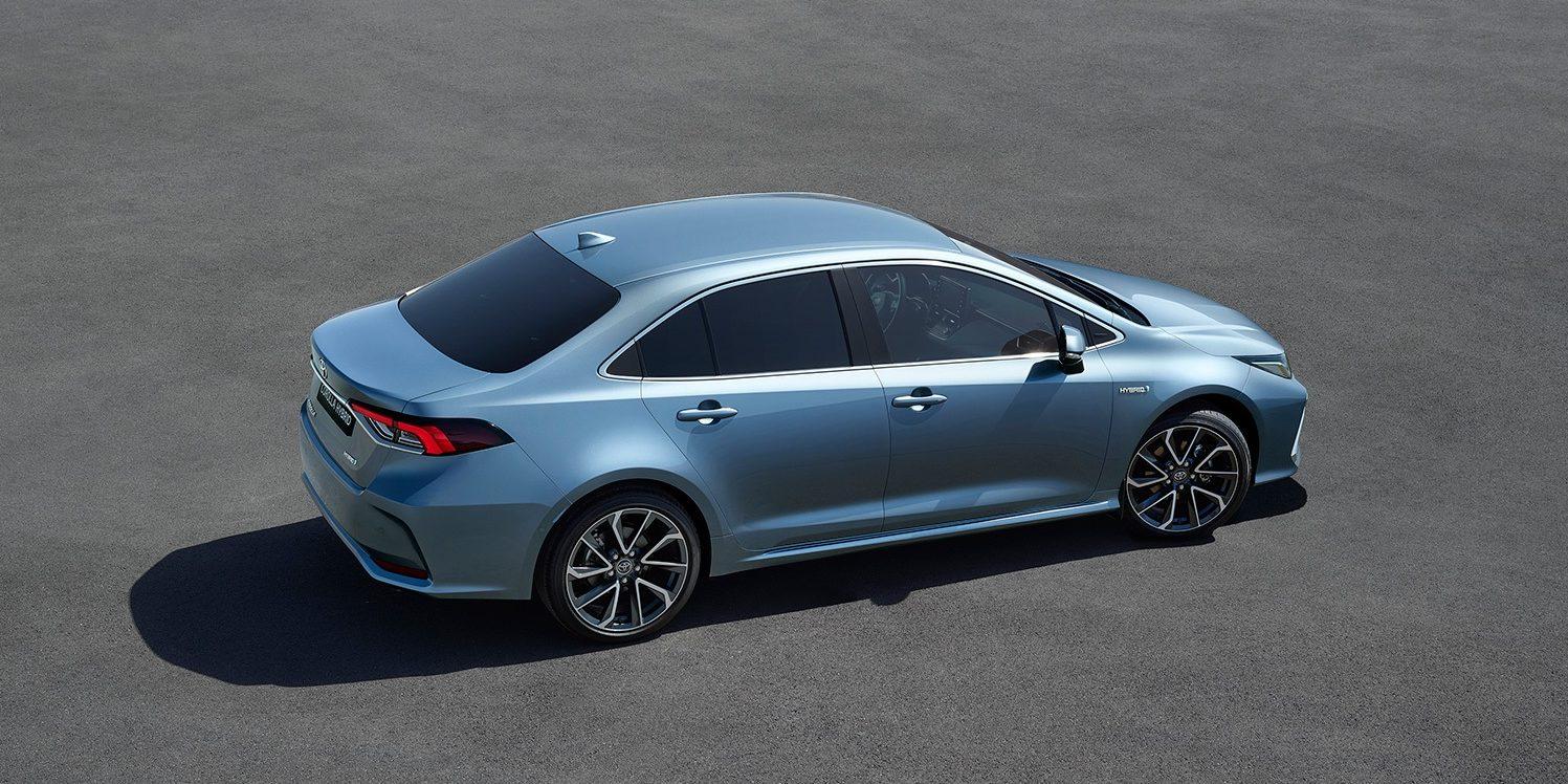 Toyota Prasentiert Neuen Corolla Als Hybrid Limousine Electrive Net
