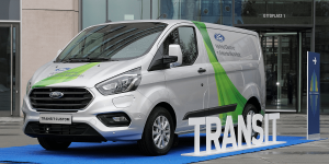 ford-transit-custom-phev-2018 (1)