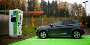 fortum-charge-and-drive-hpc-charging-station-ladestation-finnland-finland