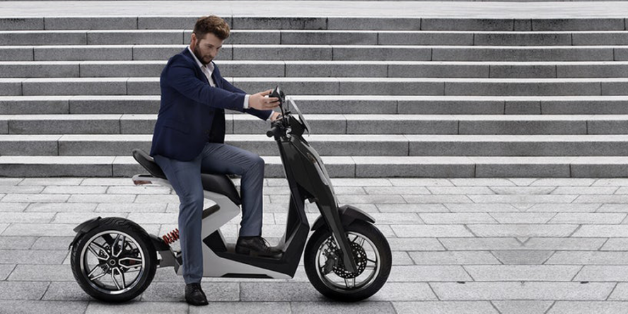 zapp-i300-electric-scooter-elektro-roller-05