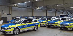 polizei-niedersachsen-volkswagen-passat-gte-min