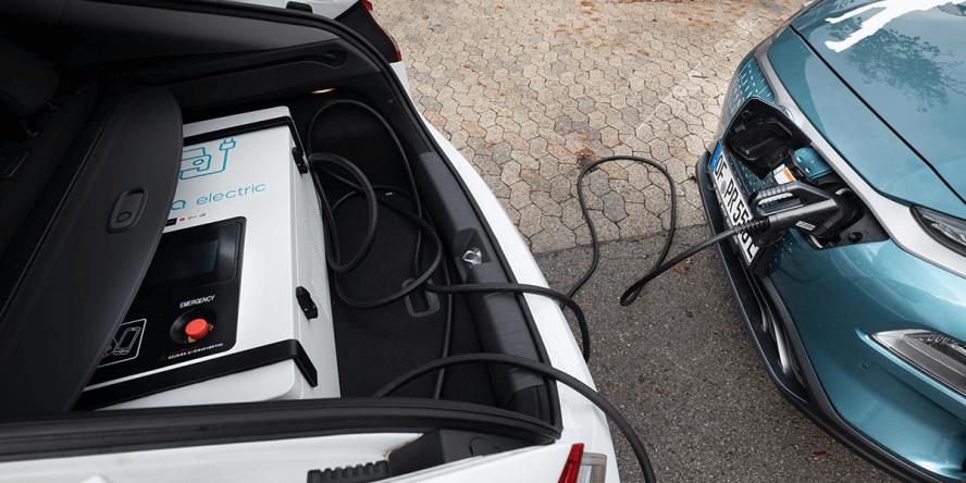 adac-hyundai-ioniq-elektro-charging-service-v2v-04