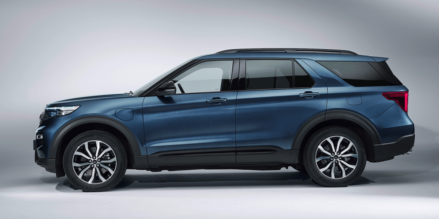 ford-explorer-phev-2019-02-min
