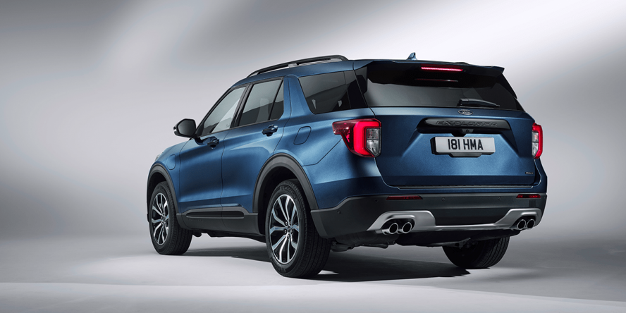 ford-explorer-phev-2019-05-min