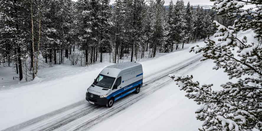 mercedes-benz-esprinter-schweden-sweden-2019-07-min