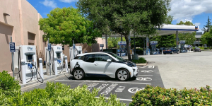 chevron-evgo-charging-station-ladestation-california-kalifornien