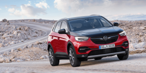 opel-grandland-x-hybrid4-2019-09