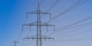 strommast-stromnetz-power-pole-power-grid-pixabay