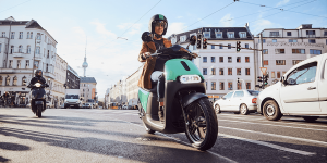 coup-e-roller-shaaring-scooter-sharing-02