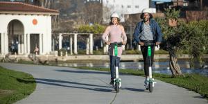 lime-s-electric-kick-scooter-e-tretroller-01-min
