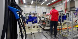 porsche-antriebspruefgelaende-entwicklungszentrum-drive-test-building-development-centre-weissach-01