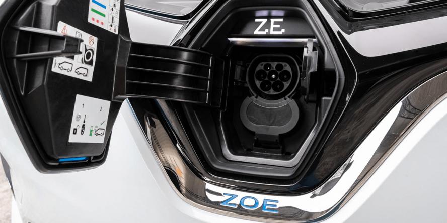 renault-zoe-ze-50-2019-04-min