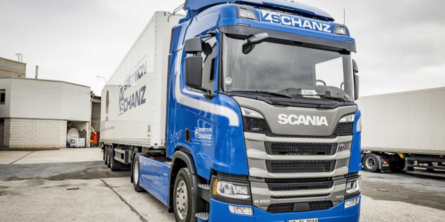 scania-r-450-hybrid-truck-hybrid-lkw-ehighway-frankfurt-schanz-spedition-04-min