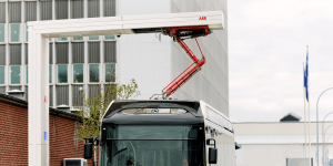 abb-ladestation-charging-station-elektrobus-electric-bus-opportunity-charging-min