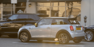 mini-electric-cooper-se-2019-11