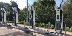 smatrics-ladestation-charging-station-wien-vienna-oesterreich-austria-2019-min