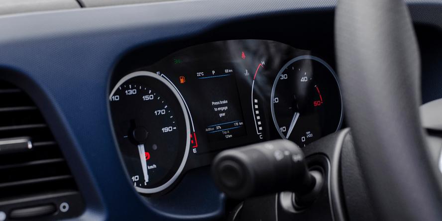 elinta-motors-iveco-daily-phev-2019-01-min