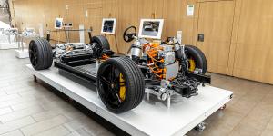 porsche-taycan-prototype-technologie-technology-2019-01-min