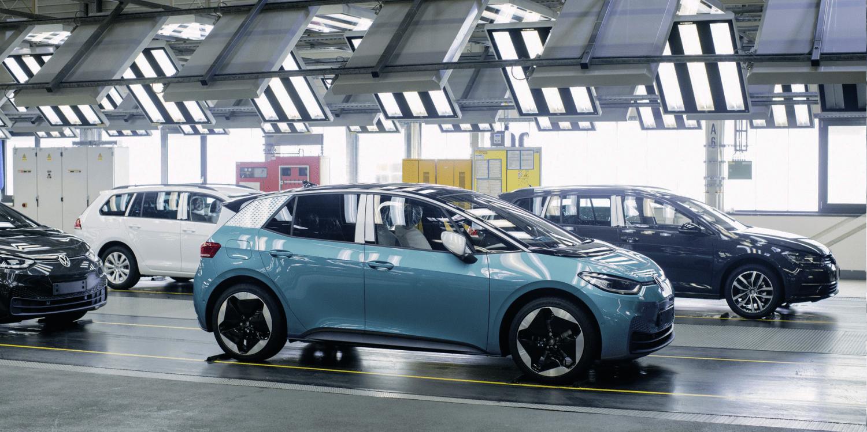 VW montiert ID.3 auch in Gläserner Manufaktur - electrive.net