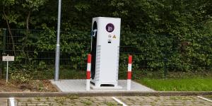 xcharge-ladestation-charging-station-deutsche-telekom-hamburg-2019-daniel-boennighausen-min