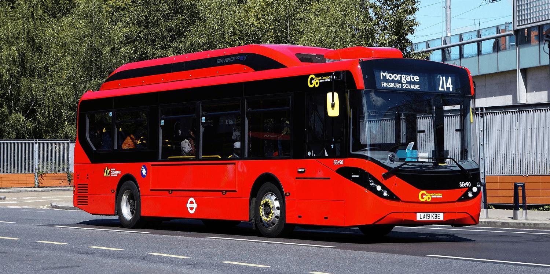 London: E-Busse von BYD-ADL elektrifizieren Linie 214 - electrive.net