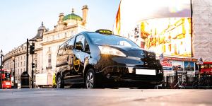 dynamo-taxi-transport-for-london-nissan-e-nv200-2019-01-min