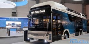 h2-city-gold-brennstoffzellen-bus-fuel-cell-bus-busworld-2019-02-min