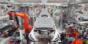 tesla-gigafactory-1-fremont-2019-002-min