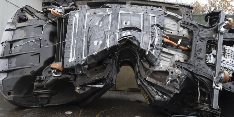 dekra-nissan-leaf-crashtest-2019-04-min