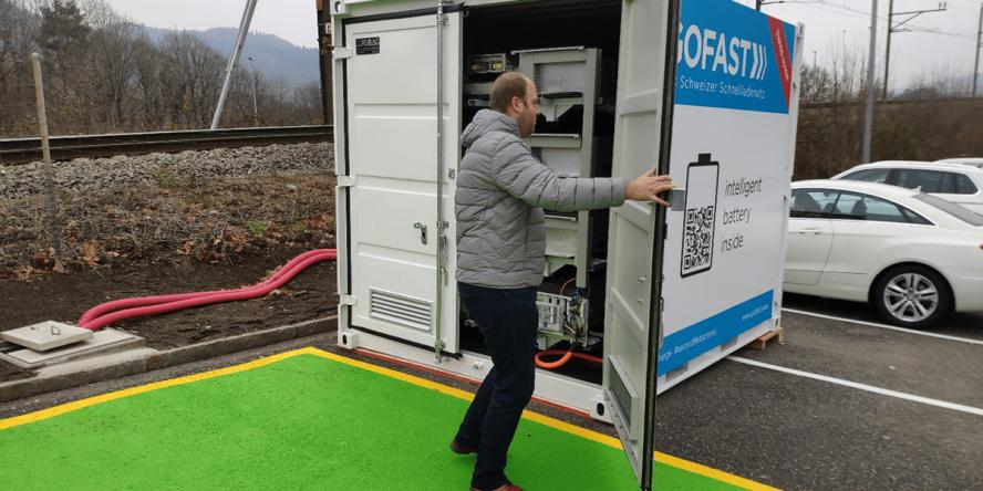 gotthard-fastcharge-gofast-wuerenlos-richtung-zuerich-schweiz-switzerland-ladestation-charging-station-2019-001-min
