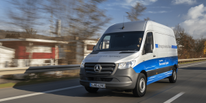 mercedes-benz-esprinter-2019-0003-min