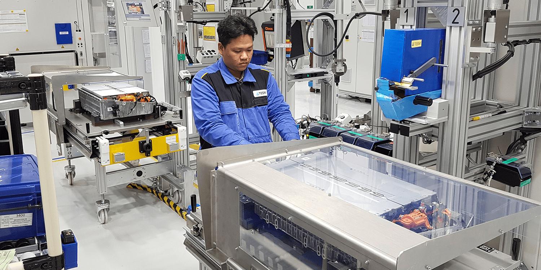 Mercedes startet Batteriemontage in Thailand - electrive.net