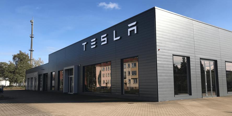tesla-service-center-hannover-hanover-2019-03-min