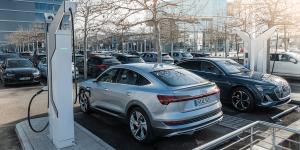 Audi baut 4.500 Ladepunkte an eigenen Standorten