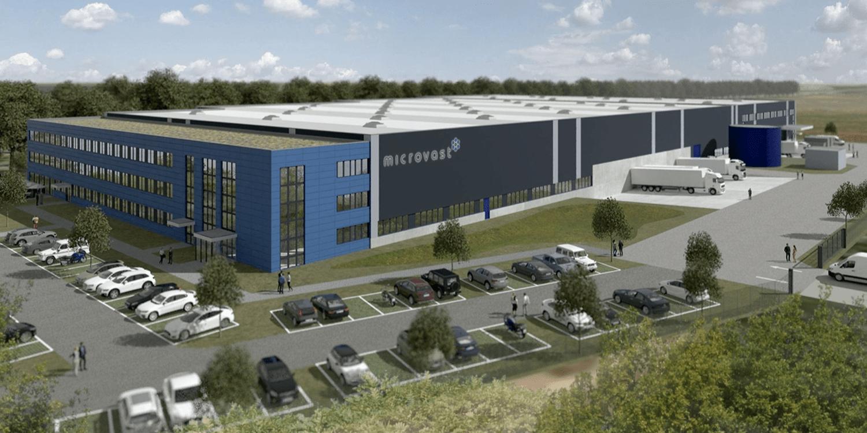 Microvast: Richtfest für Batterie-Produktion in Brandenburg