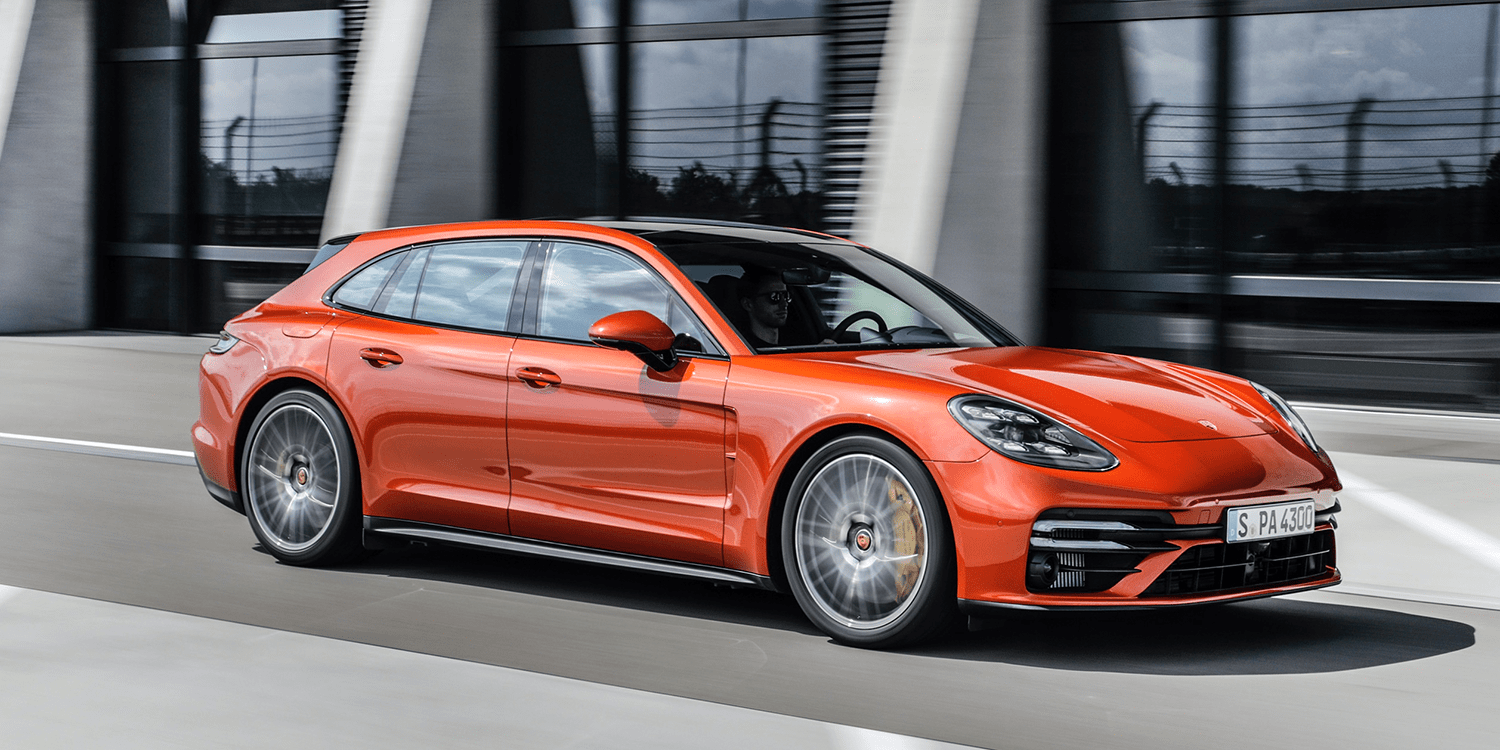 2020 The Porsche Panamera Photos